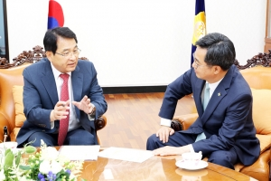 김동연 부총리 겸 기획재정부 장관, 국회부의장실 예방